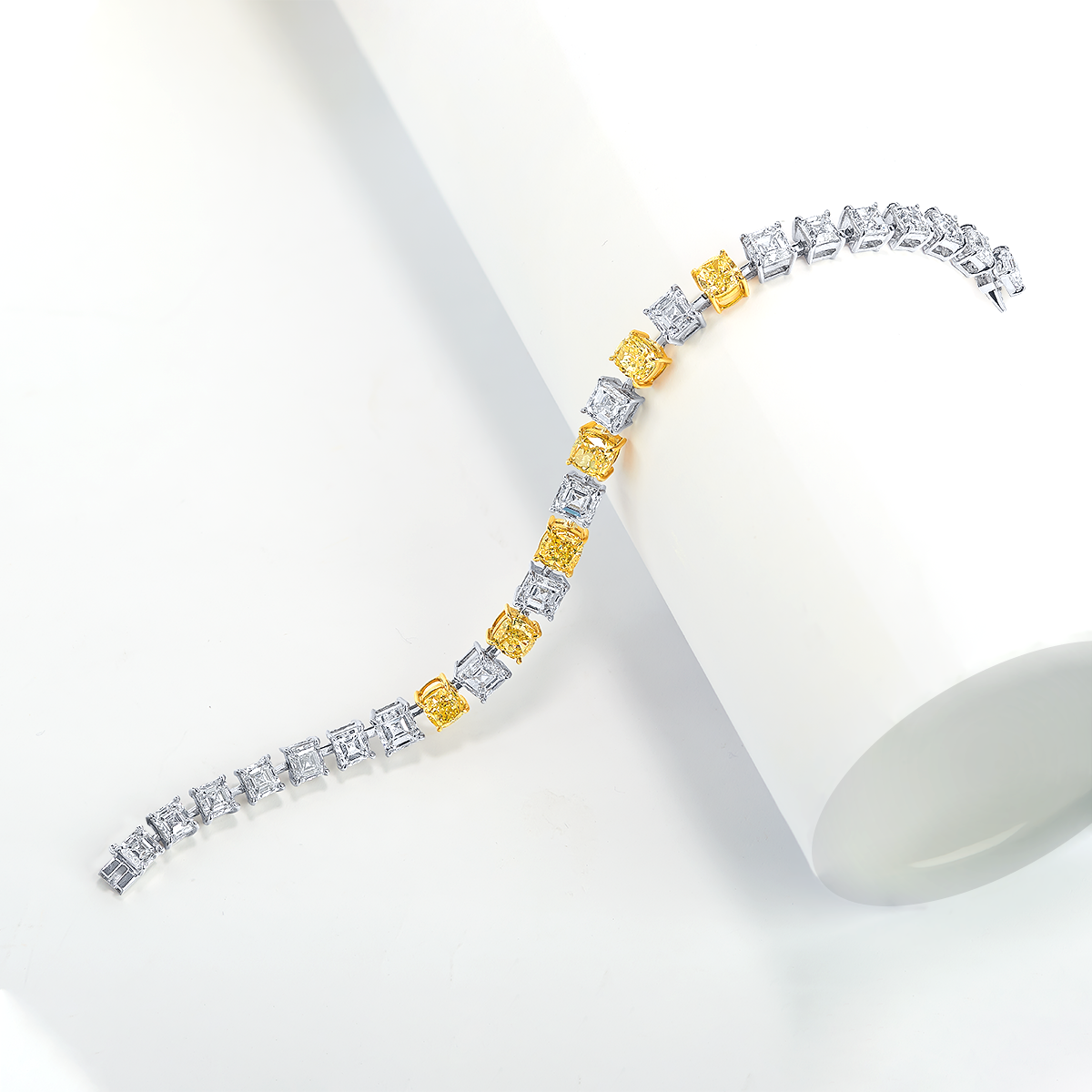 17.2克拉 黃彩鑽鑽石手鍊